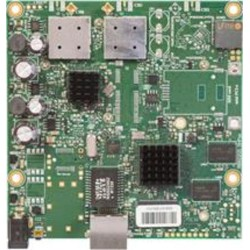 MIKROTIK RouterBOARD RB911G-5HPacD 802.11ac 2x2 two chain, RouterOS L3, 1xGLAN, 2xMMCX